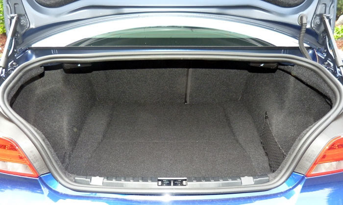 BMW 1-Series Photos: BMW 135is trunk