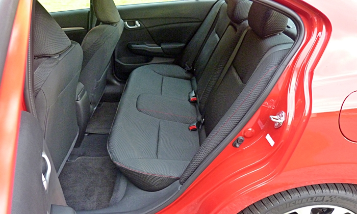 Civic Reviews: 2013 Civic Si rear seat