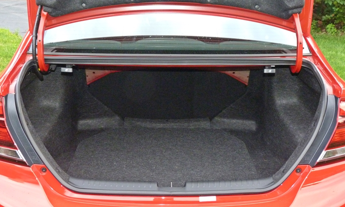 Civic Reviews: 2013 Civic Si trunk