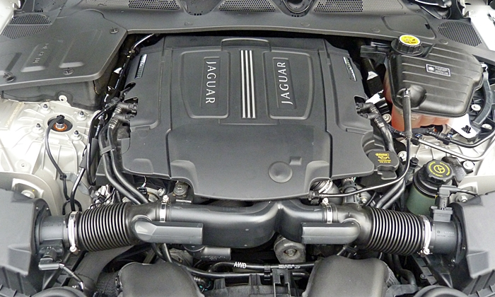 XJ Reviews: 2013 Jaguar XJ V6 engine