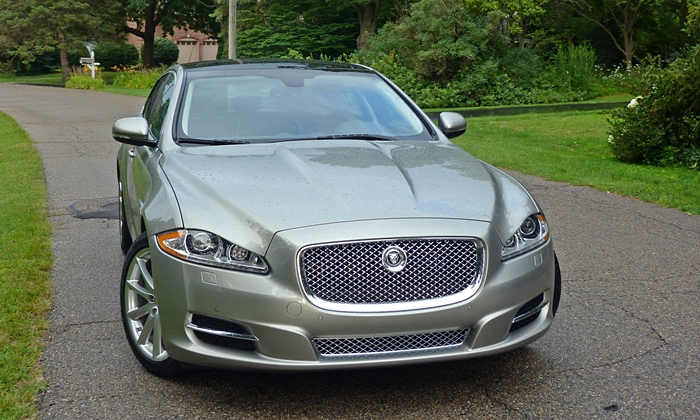 XJ Reviews: 2013 Jaguar XJ front view