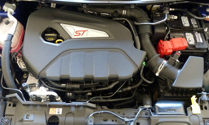 Fiesta Reviews: 2014 Ford Fiesta ST engine