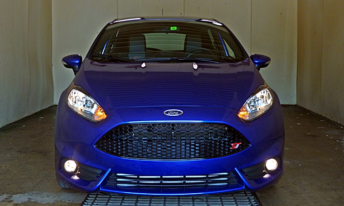 Fiesta Reviews: 2014 Ford Fiesta ST front view