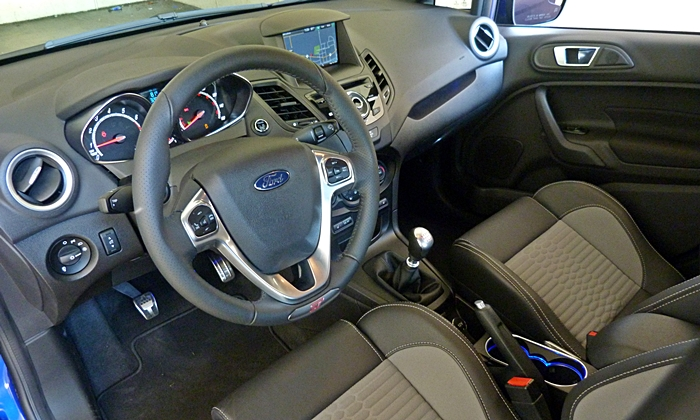 Ford Fiesta Photos: 2014 Ford Fiesta ST interior