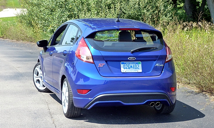 Ford Fiesta Photos: 2014 Ford Fiesta ST rear view