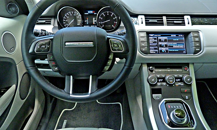 Range Rover Evoque Reviews: Range Rover Evoque instrument panel