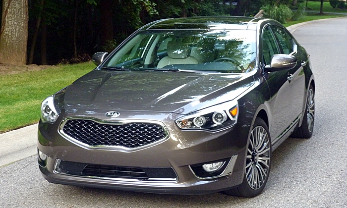 2014 Kia Cadenza Pros and Cons: Michael