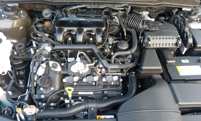 Kia Cadenza Photos: Cadenza engine uncovered