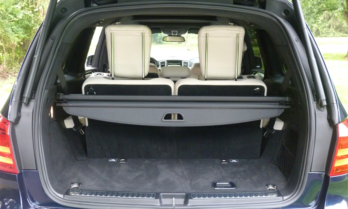 Mercedes-Benz GL Photos: Mercedes-Benz GL350 cargo area