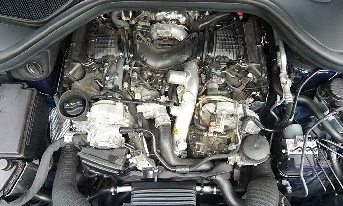 GL-Class Reviews: Mercedes-Benz GL350 diesel engine uncovered