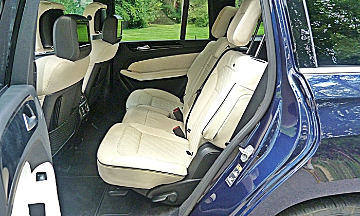 GL-Class Reviews: Mercedes-Benz GL350 second-row seats
