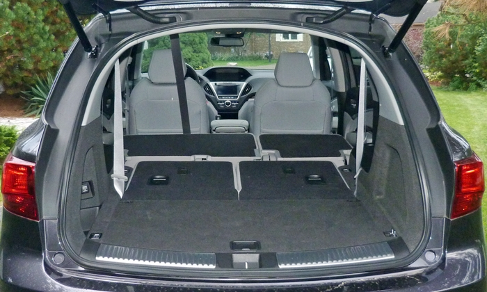 MDX Reviews: 2014 Acura MDX cargo area both rows folded