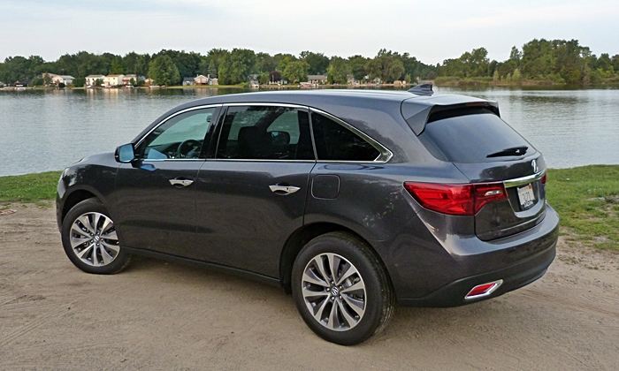 MDX Reviews: 2014 Acura MDX rear quarter view