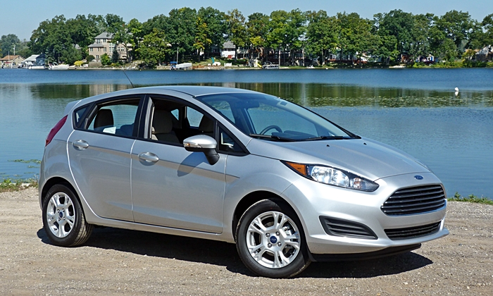 Nissan Versa Note Photos: Ford Fiesta front quarter