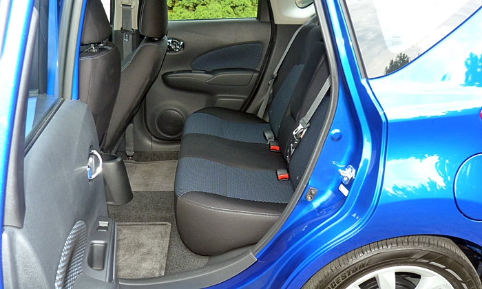 Versa Note Reviews: Nissan Versa Note rear seat