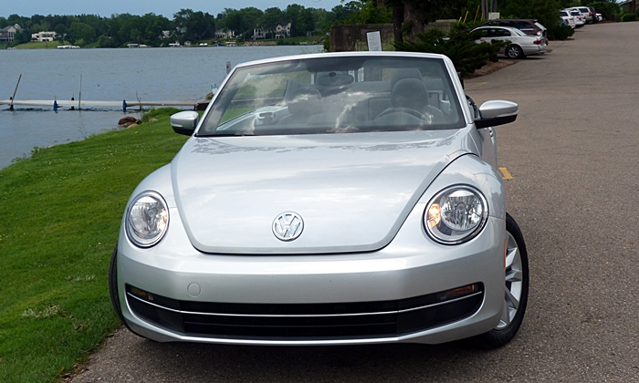 Beetle Reviews: VW Beetle Convertible front view
