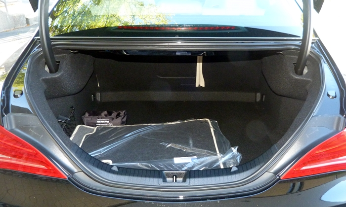 CLA Reviews: Mercedes-Benz CLA250 trunk