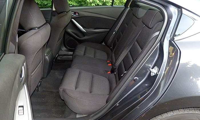 Mazda6 Reviews: Mazda6 Sport rear seat