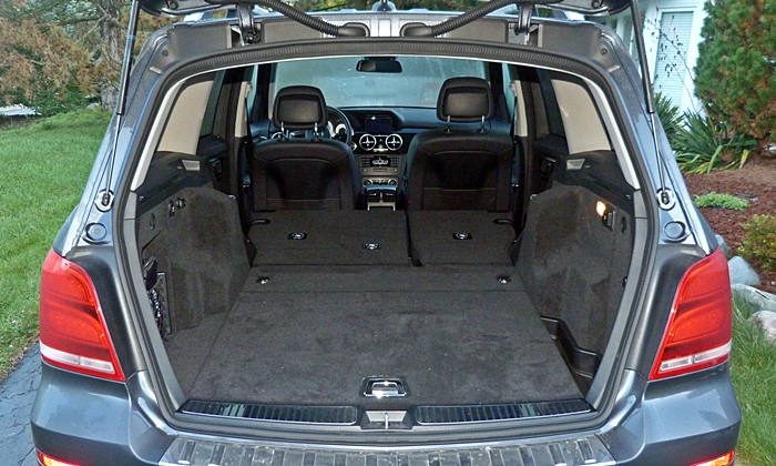 GLK-Class Reviews: Mercedes-Benz GLK250 cargo area seats folded