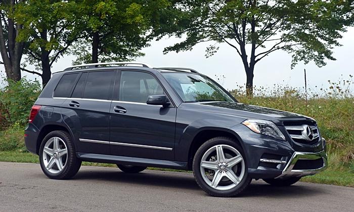 Mercedes-Benz GLK250 BlueTEC front quarter view