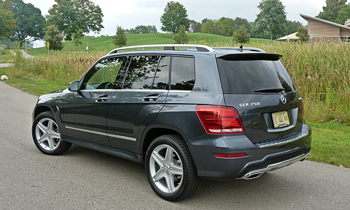GLK-Class Reviews: Mercedes-Benz GLK250 BlueTEC rear quarter view