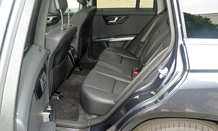 GLK-Class Reviews: Mercedes-Benz GLK250 BlueTEC back seat