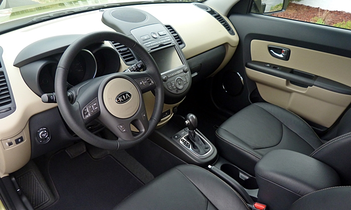 Kia Soul Photos: 2012 Kia Soul interior