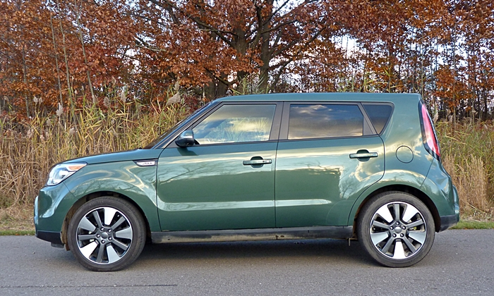 Kia Soul Photos: 2014 Kia Soul side view