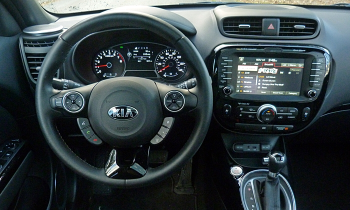 Kia Soul Photos: 2014 Kia Soul instrument panel