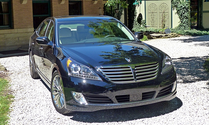Equus Reviews: 2014 Hyundai Equus front view