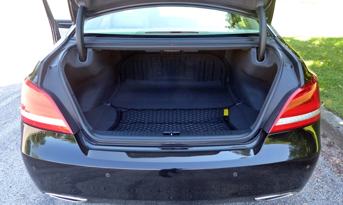 Equus Reviews: 2014 Hyundai Equus trunk