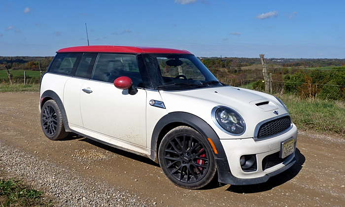 Mini JCW Clubman front quarter view