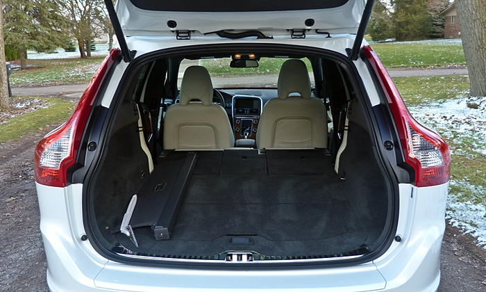 2010 volvo xc60 interior dimensions. Black Bedroom Furniture Sets. Home Design Ideas