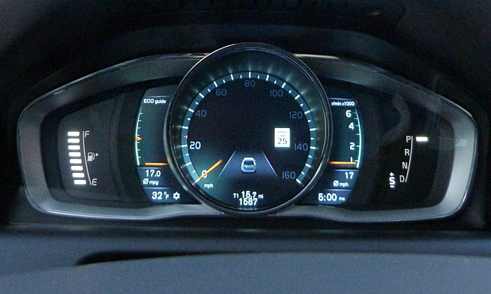 Volvo XC60 Photos: Volvo XC60 instruments ECO theme