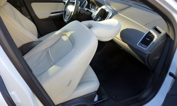 Volvo Xc60 Photos Volvo Xc60 Folding Front Passenger Seat