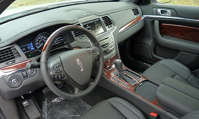 Cadillac XTS Photos: Lincoln MKS interior