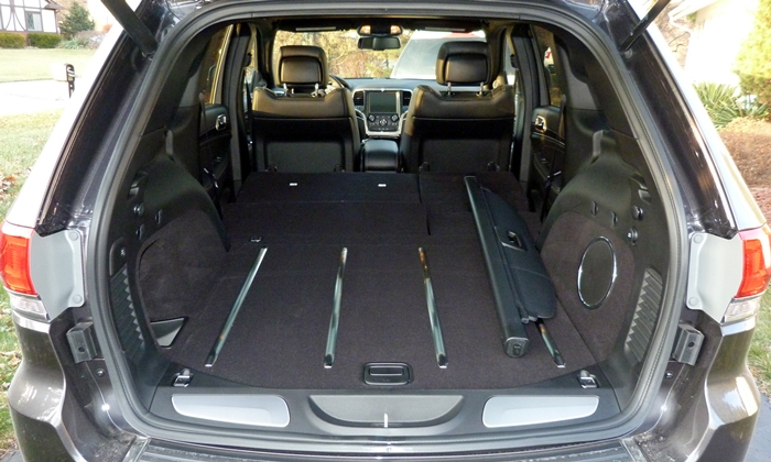 Grand Cherokee Reviews: Jeep Grand Cherokee cargo area seat folded