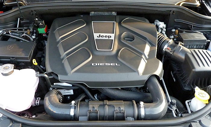 Jeep Grand Cherokee Photos: Jeep Grand Cherokee diesel engine