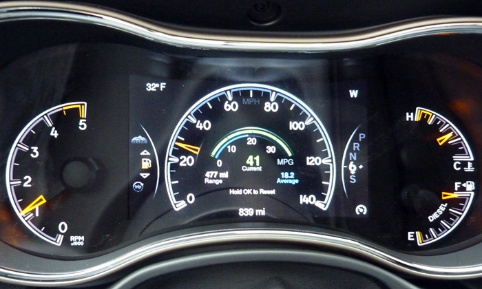 Jeep Grand Cherokee Photos: Jeep Grand Cherokee diesel instruments