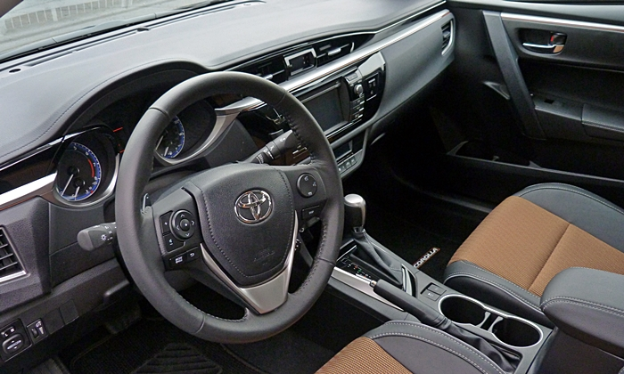 Corolla Reviews: 2014 Toyota Corolla S interior