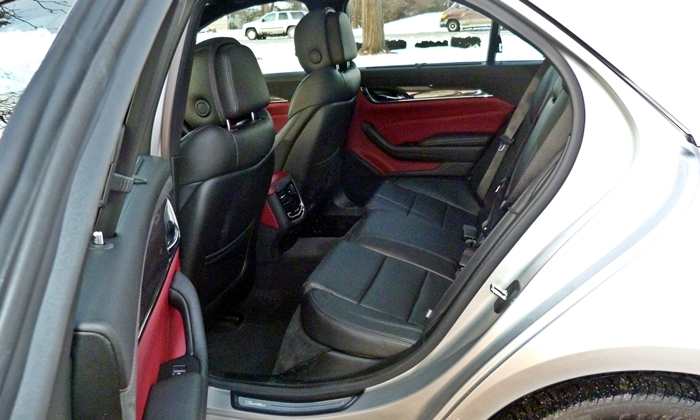 CTS Reviews: Cadillac CTS rear seat