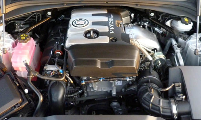 Cadillac CTS Photos: Cadillac CTS 2.0T four-cylinder engine