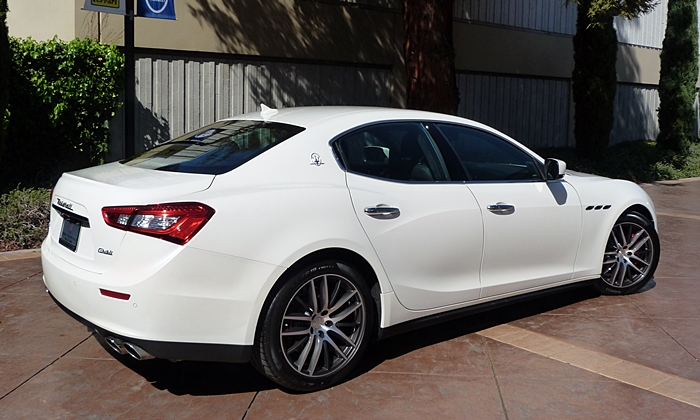 Ghibli Reviews: Maserati Ghibli rear quarter view