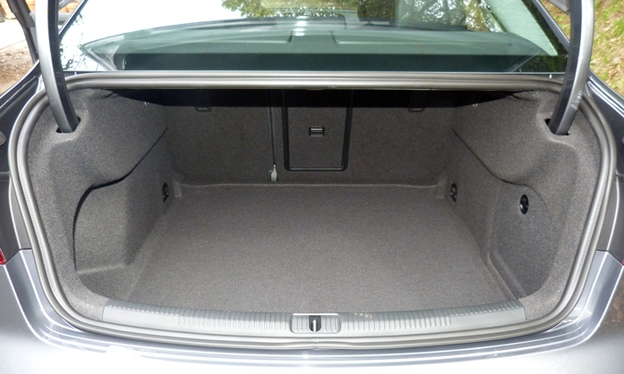 A3 Reviews: Audi A3 trunk