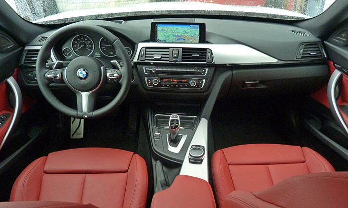 BMW 3-Series Gran Turismo Photos: BMW 335i Gran Turismo instrument panel full width