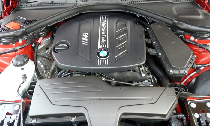 3-Series Reviews: BMW 328d engine