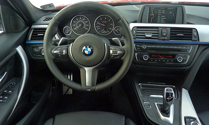 3-Series Reviews: BMW 328d instrument panel