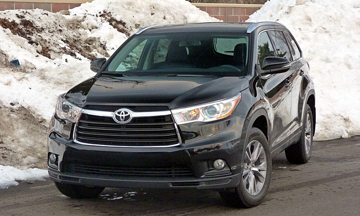 Highlander Reviews: Toyota Highlander front view