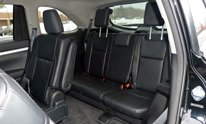 Toyota Highlander Photos: Toyota Highlander third row seats