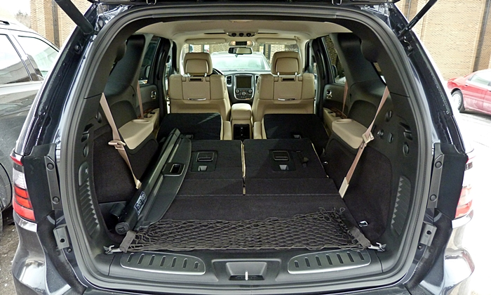 Durango Reviews: Dodge Durango cargo area both rows folded